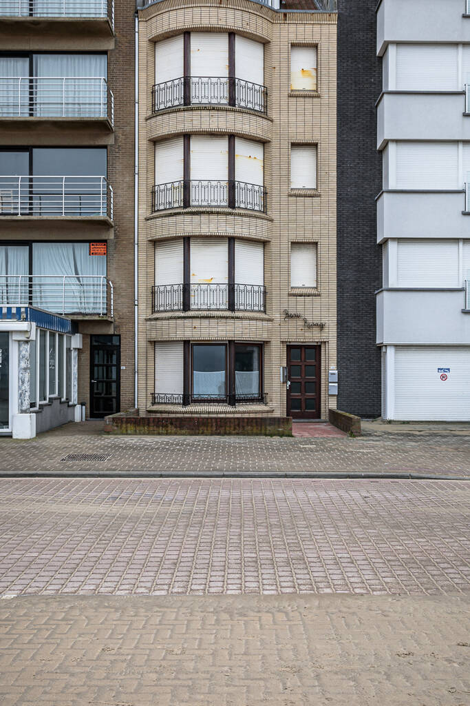Résidence 'Beau Rivage' sur la Zeedijk à Koksijde-Bad ...